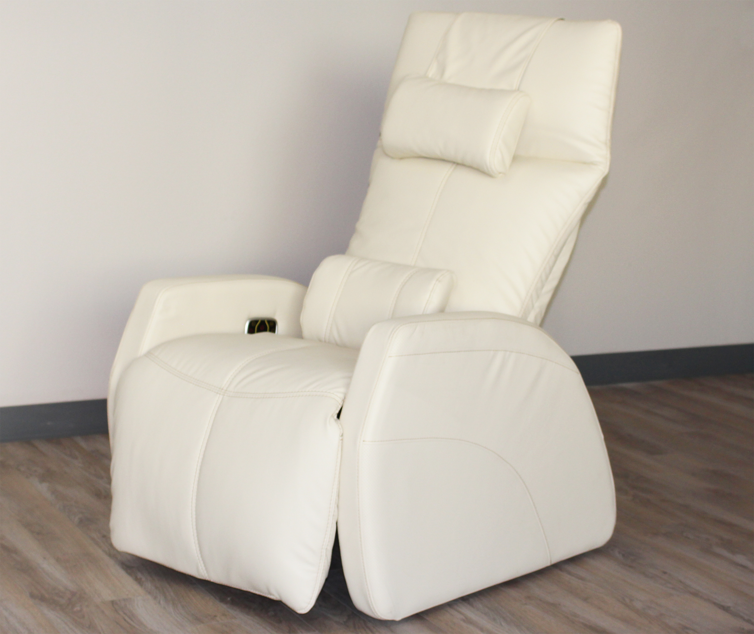 Cozzia ag 6100 power electric zero anti gravity recliner for Anti gravity chaise recliner